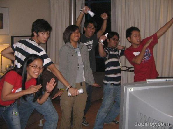 Japinoy.com sentai superheroes (and a penguin)!